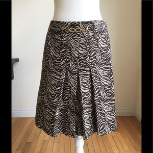 Gorgeous Ann Taylor A line skirt!